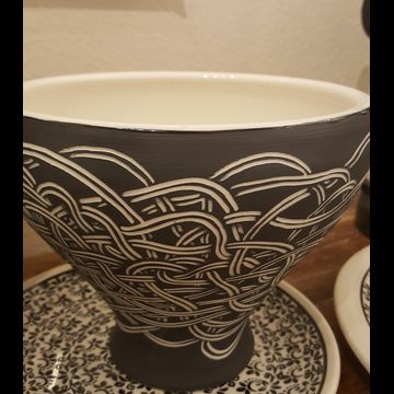 Sgraffito smsll bowl by Oxide Pottery