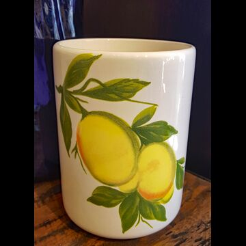 Lemon utensil holder (Italy)